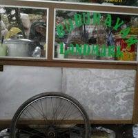 Photo taken at Bubur Ayam Landmark by B.Aryanto on 7/5/2012