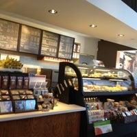 Photo taken at Starbucks by lorenzie h. on 8/26/2012