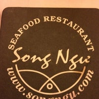 Photo taken at Song Ngu Seafood Restaurant by Chu Boon K. on 3/30/2012