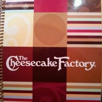 Photo taken at The Cheesecake Factory by ⓢⓤⓐⓝⓨ❤ on 10/7/2011