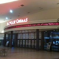 Photo taken at Showcase Cinemas by Sir Chandler on 9/13/2011