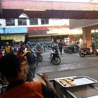 Photo taken at Borma Toserba by Mulyawan R. on 7/14/2012