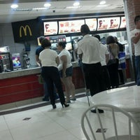 Photo taken at McDonald's by Thiales A. on 2/15/2012