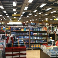Photo taken at Popular Bookstore by Fikhri S. on 3/12/2011
