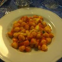 Photo taken at Lo Schiaccianoci by Gavino C. on 4/22/2012