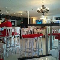 Photo taken at Restaurante La Toscana by jesus b. on 8/16/2011
