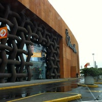 Photo taken at Palacio de Hierro by Felo V. on 7/13/2012