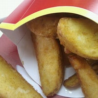 Photo taken at McDonald's by Настич Г. on 6/26/2012