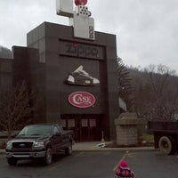 Photo taken at Zippo & Case Museum/Visitor Center by ★Tiffsters★ on 2/2/2012