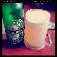 Photo taken at Fritos & Assados by Thiago G. on 6/17/2012