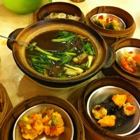 Photo taken at Chokdee Dimsum by kung P. on 2/25/2012