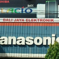 Photo taken at Bali Jaya Elektronik by sonny w. on 1/9/2012