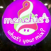 Photo taken at Menchie's Frozen Yogurt by Karmen on 5/16/2012