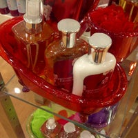Photo taken at Bath & Body Works by NooNoi u. on 12/7/2011