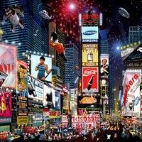Foto tirada no(a) Times Square por Gabriel F. em 3/24/2012