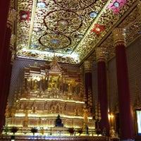 Photo taken at Wat Debsirin by VASUTPOL OAT C. on 9/9/2012