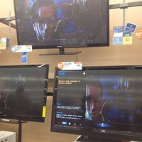 Photo taken at Walmart Supercenter by Lisa F. on 4/12/2012