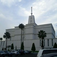 Photo taken at Templo Mormon by Nora V. on 2/25/2012