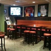 Photo taken at Irish Channel Restaurant & Pub by LaDesayuneriadeJose on 3/7/2011