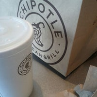 Photo taken at Chipotle Mexican Grill by Quinton P. on 4/20/2012