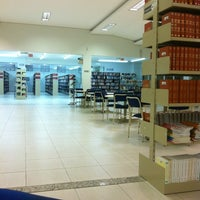 Photo taken at Faculdade CESUSC by Priscila C. on 11/24/2011