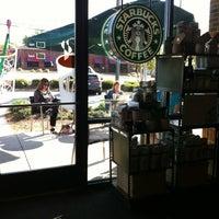 Photo taken at Starbucks by ECrab 🌐🌎🌐 on 4/16/2012