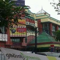 Photo taken at Naga Pasar Swalayan by hafiz a. on 3/19/2012