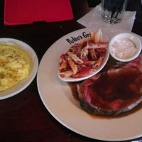 Photo taken at Puleo's Grille by Danny W. on 12/11/2011