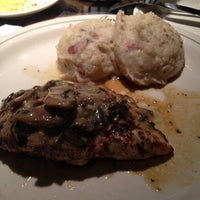 Photo taken at Carrabba's Italian Grill by Angela T. on 5/26/2012