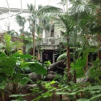 Photo taken at Gaylord Palms Resort & Convention Center by Maximus™ on 3/25/2012
