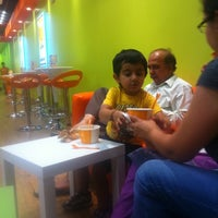 Photo taken at Orange Leaf Frozen Yogurt by Mrao on 9/21/2011