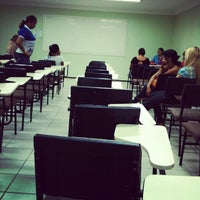 Photo taken at FAMETRO - Faculdade Metropolitana de Manaus by Icaro R. on 5/18/2012
