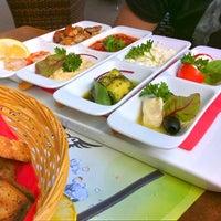Photo taken at Noa Caffe by Amor K. on 6/13/2011