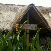 Photo taken at Mang Kabayan by Widyamurti P. on 12/14/2011