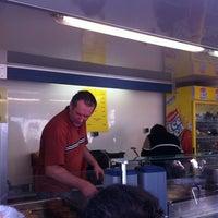 Photo taken at Hamburgerkraam De Stokke by Michaël on 10/22/2011