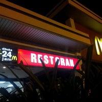 Photo taken at McDonald's & McCafé by Eric L. on 9/24/2011