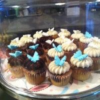 Photo taken at LA Sweets by Sunem R. on 6/25/2011