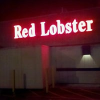 Photo taken at Red Lobster by Richard C. on 8/20/2011