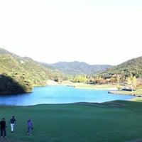 Photo taken at ゴールデンバレーゴルフ倶楽部 by k-hiro on 10/31/2011