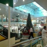Photo taken at Center Um Shopping by Nilton T. on 12/9/2011