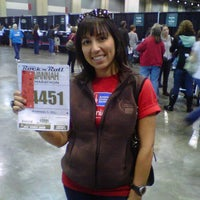Photo taken at Rock n' Roll Marathon Expo by Tina S. on 11/4/2011