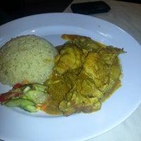 Photo taken at Rafflesia Chicken Hut by Indhuleka B. on 8/14/2012
