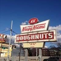 Photo taken at Krispy Kreme Doughnuts by Saint M. on 2/5/2012