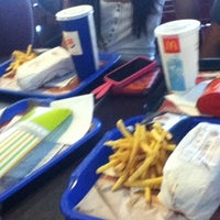 Photo taken at Burger King by Duru  on 8/2/2012