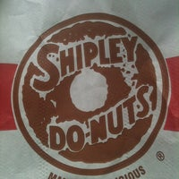 Photo taken at Shipley's Do-nuts by Eliska D. on 5/20/2012