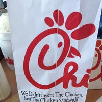 Photo taken at Chick-fil-A Columbus Commons by Tiff A. on 6/20/2012