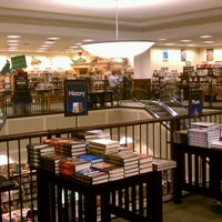 Photo taken at Barnes & Noble by Mikey R. on 11/13/2011