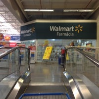 Photo taken at Walmart by Luiz B. on 9/8/2012