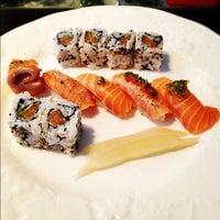 Photo taken at Yashin Sushi by Louise on 8/7/2012