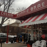 Photo taken at Bonnie Brae Ice Cream by Ian D. on 2/12/2012